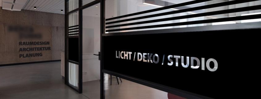 progra - Sichtschutz im Büro und Ausstellung mit Folie auf Glas