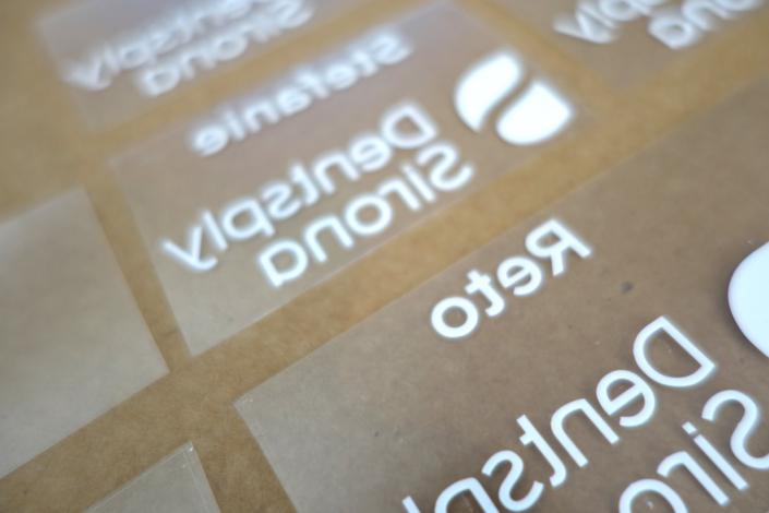 progra - Logo und Namen für den Transfer auf die Schürzen