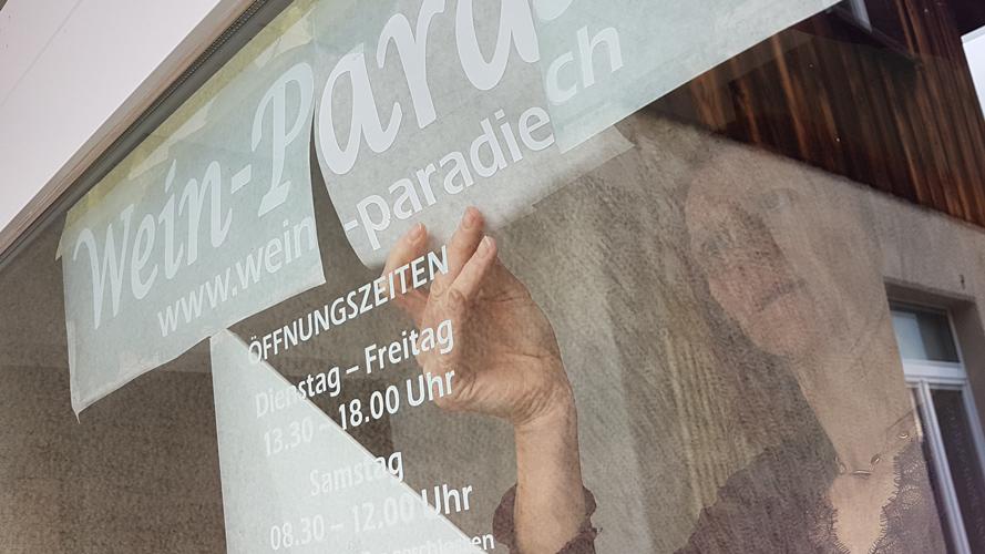 Schaufenster Beschriftung von progra aus Oensingen