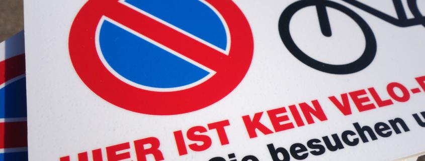 Parkverbot Schild/Tafel von der Druckerei Progra Oensingen